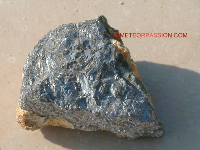 Les pierres terrestres souvent confondues avec une m t orite for Aspect de l aluminium